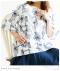 立体フラワー刺繍フレア袖トップス