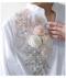 立体花と刺繍柄のバックボタンブラウス
