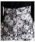 立体的な花模様広がるAラインフレアスカート