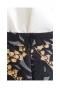 シックな刺繍のフレアスカート